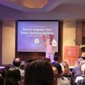 英文書籍『The Power Brain』出版記念会をフェイスブックのライブ動画で生中継