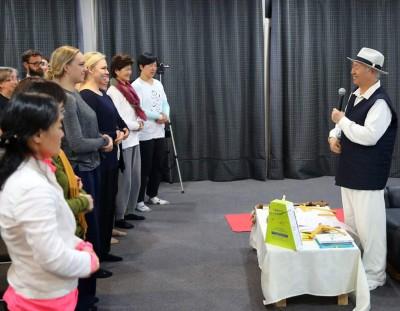 2016 0607 ニュージーランド、アメリカとイギリスからやって来た瞑想グループ、地球市民と出会いました。